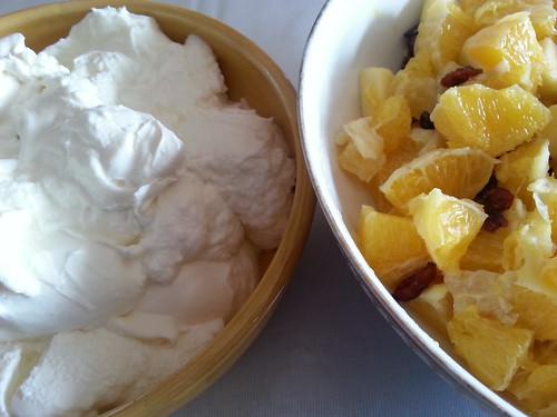[339/365] Salade d'oranges, de canneberges et de yaourt maison