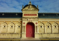 Salle municipale Alienor d' Aquitaine, Saint Jean d' Angely, 1805 - Photo of Saint-Jean-d'Angély