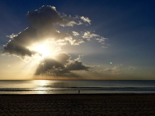 It's gonna be a great day. #nofilter #noedit #manly #beach #sun #clouds #cloudporn #lovemanly