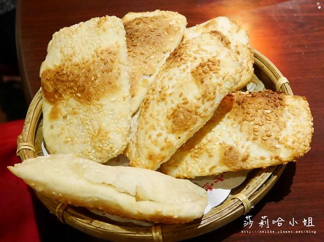 台北新店酸菜白肉鍋蒙古烤肉吃到飽涮八方 (14)
