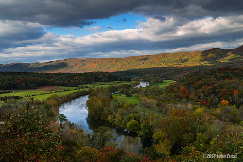 autumn mountains virginia fallcolors shenandoah blueridge shenandoahriver