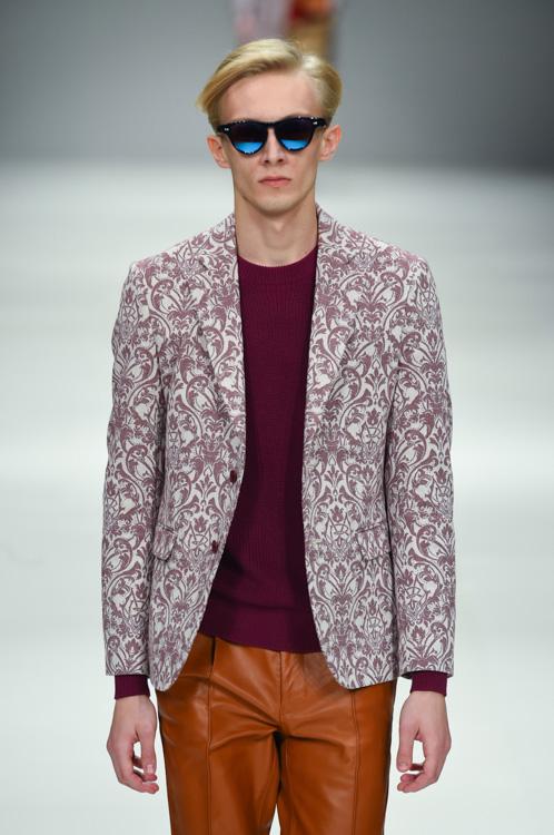 Carol Sapinski3030_SS15 Tokyo MR.GENTLEMAN(Fashion Press)