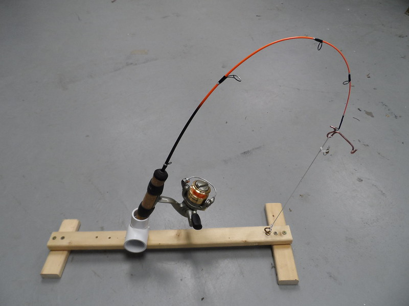 Diy jaw jacker for Jaw jacker ice fishing