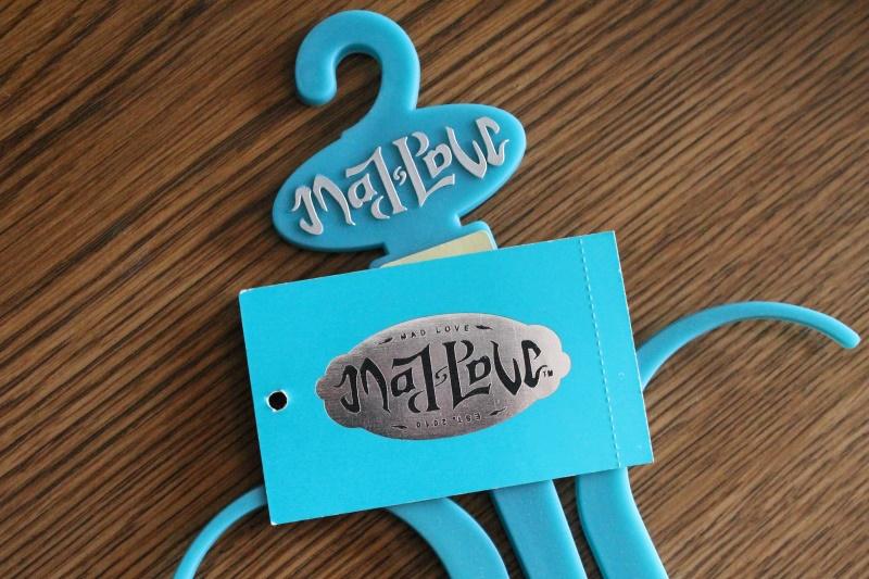 """Mad Love"" Ambigram (not mine!)"