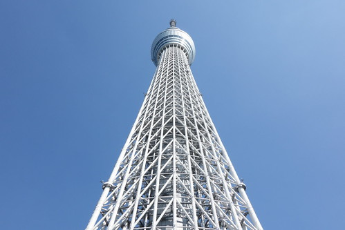 "TOKYO SKYTREE_6 ""東京スカイツリー"" の写真。 直下から見上げて撮影したもの。"