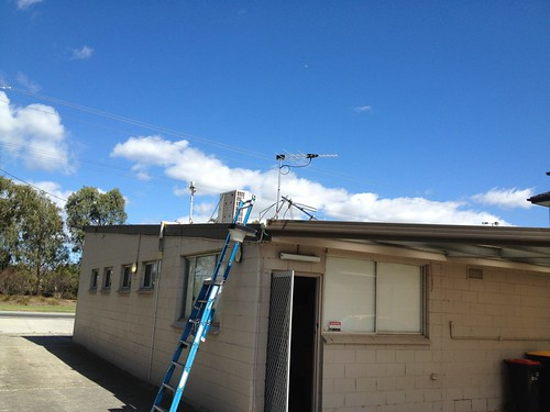 Jim's Antennas fixes station antenna
