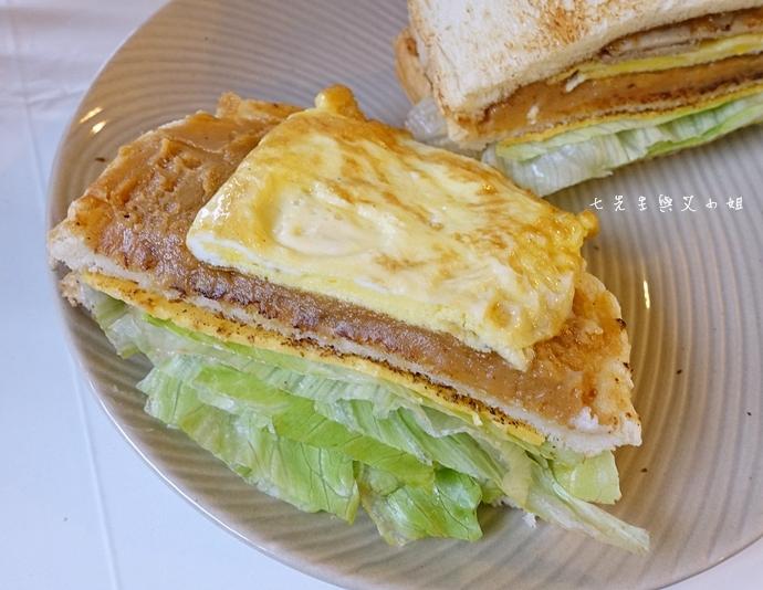 11 板橋萬粟華碳燒三明治