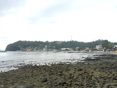 Sabang, Mindoro at low tide
