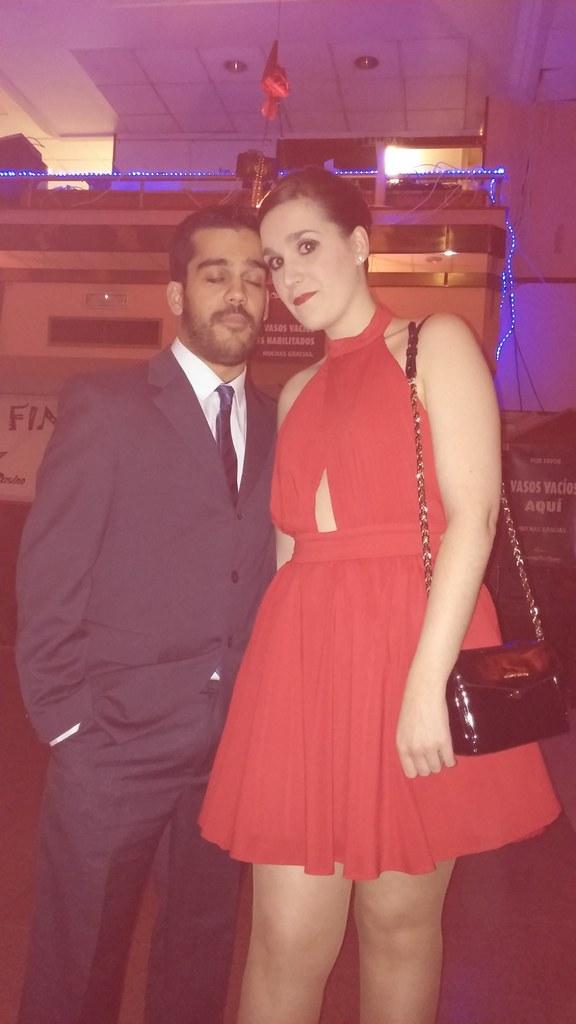 vestido rojo missguided