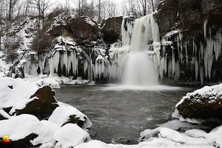 Lower Akron Falls in Winter (DTB_6139)