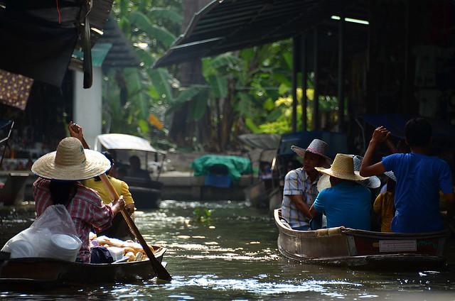 Canales del mercado flotante de Damnoen Saduak una de las mejores excursiones desde Bangkok