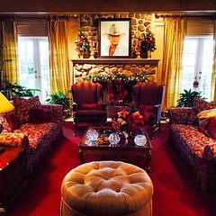 2015-01-01; The Living Room - Ewing Mansion @ Southfork Ranch, Parker TX #parkertx #parker #tx #texas #214 #southforkranch #southfork #ranch #dallas #dallastvshow #iconic #theewings #the #ewings #ewingmansion #jockewing #jock #ewing #painting #ottoman #fi