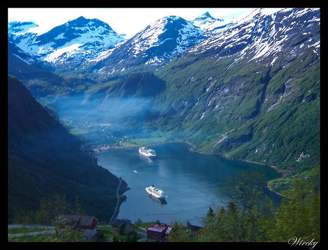 Fiordos noruegos Storfjord Geiranger Hellesylt Briksdal Loen - Mirador Ornesvingen del fiordo Geiranger