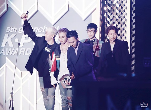 Big Bang - The 5th Gaon Char K-Pop Awards - 17feb2016 - Just_for_BB - 38 (Custom)