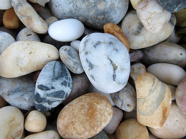pebble colours