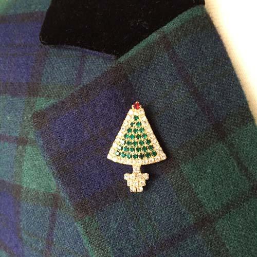 Tree pin