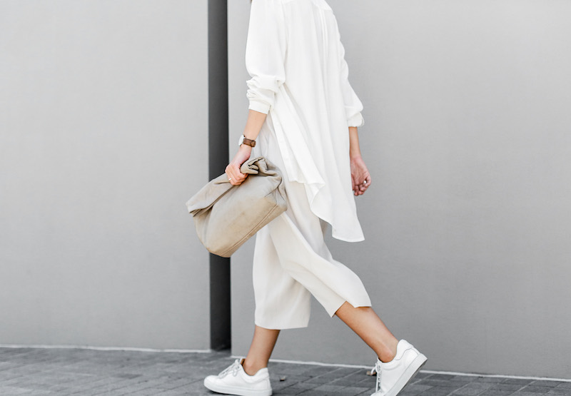 modern legacy fashion blog Australia street style neutrals BC Saba culottes Mode Collective Lunchy leather clutch white leather trainers (7 of 7)