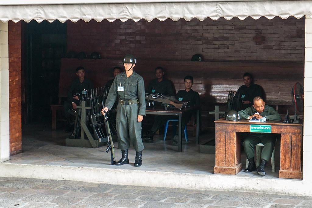כניסה לארמון המלך תאילנד