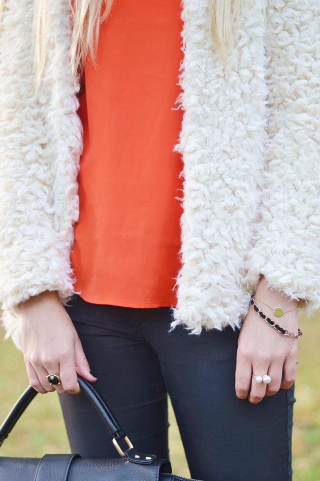 How to Style Fake Fur Eugli (8)