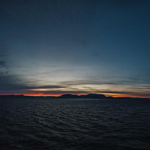 morning sea panorama mountains film norway sunrise norge 06 norra meri sjø hommik 24105mmf4lisusm finnmarken 24105mm ef24105mmf4lisusm visitnorway havøysund mäed päiksetõus 24105f4lisusm ommik vsco canoneos5dmarkiii 5dmk3 5dmarkiii madisphotocom vscofilm facebookcomrealmadisphoto madisphoto vscofilm06