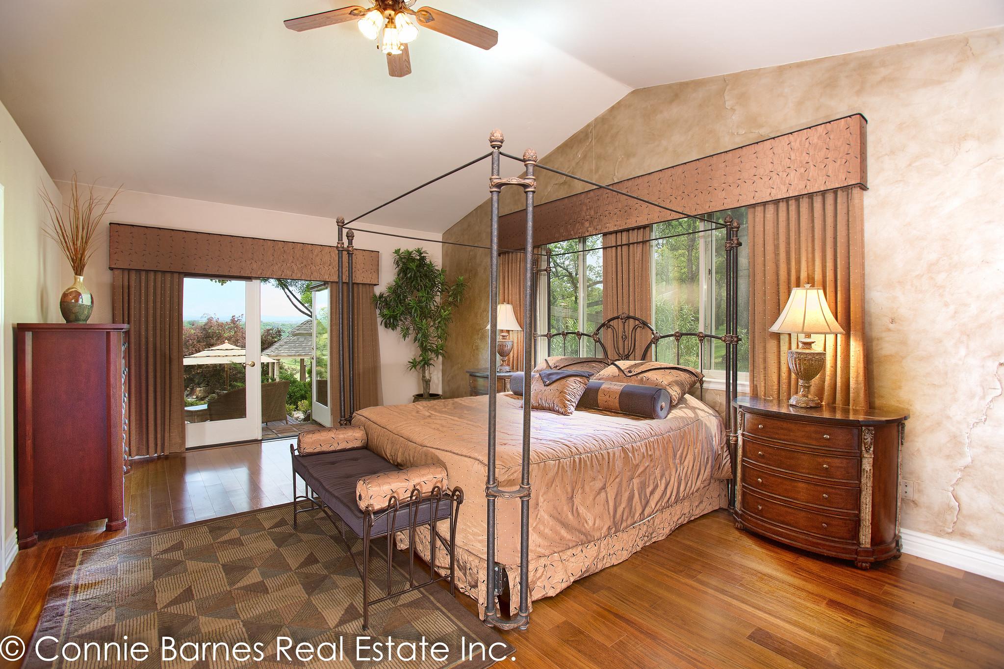 Sold By Connie Barnes Real Estate 3322 Diablo Trail