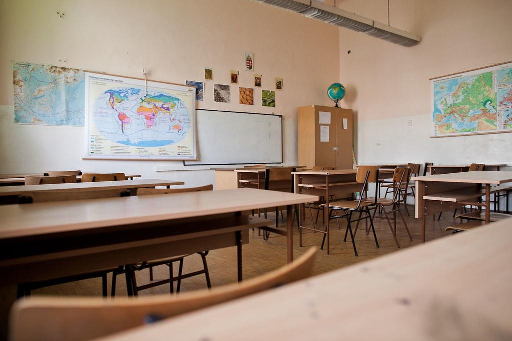 Szersa Oktatási Központ