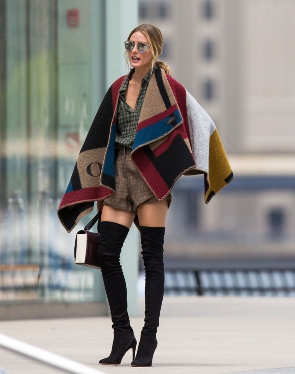 Olivia-Palermo-in-burberry-blanket-wrap