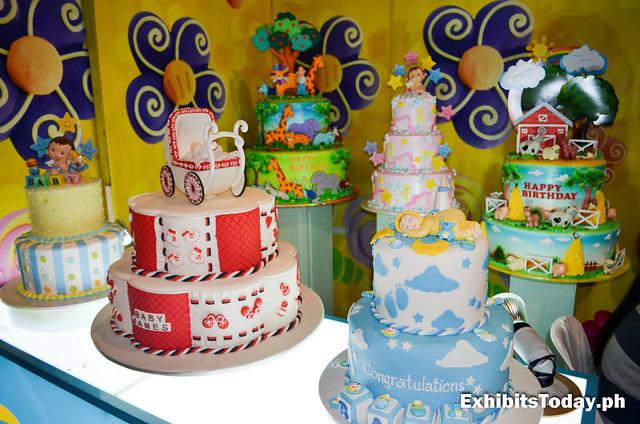 Goldilocks Cakes