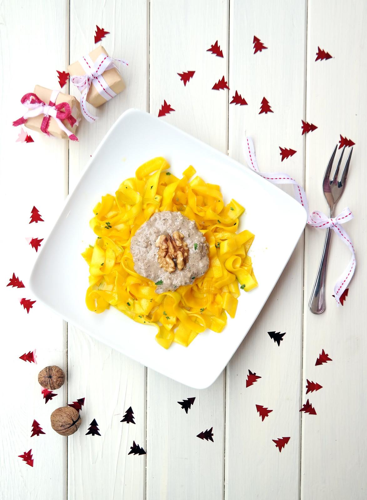 Raw ragliatelle with mushroom & walnut sauce + saffron