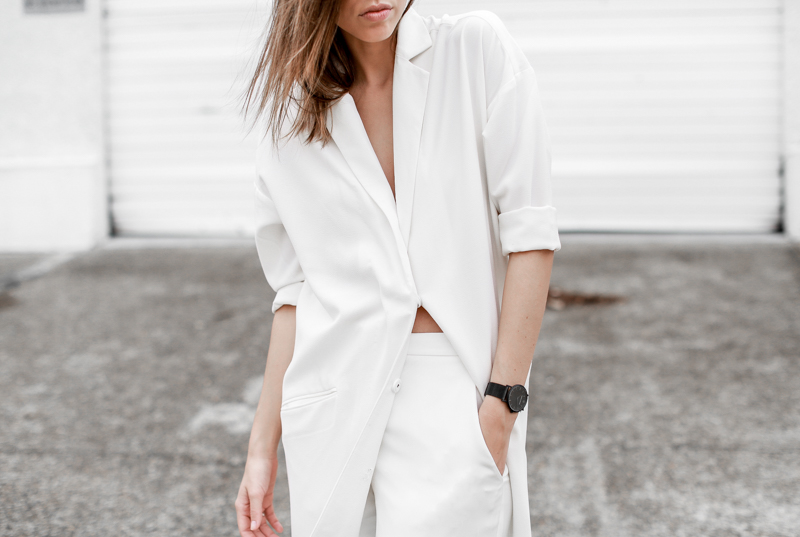 MODERN LEGACY fashion blog all white street style duster coat Larsson Jennings black metal watch details (1 of 1)