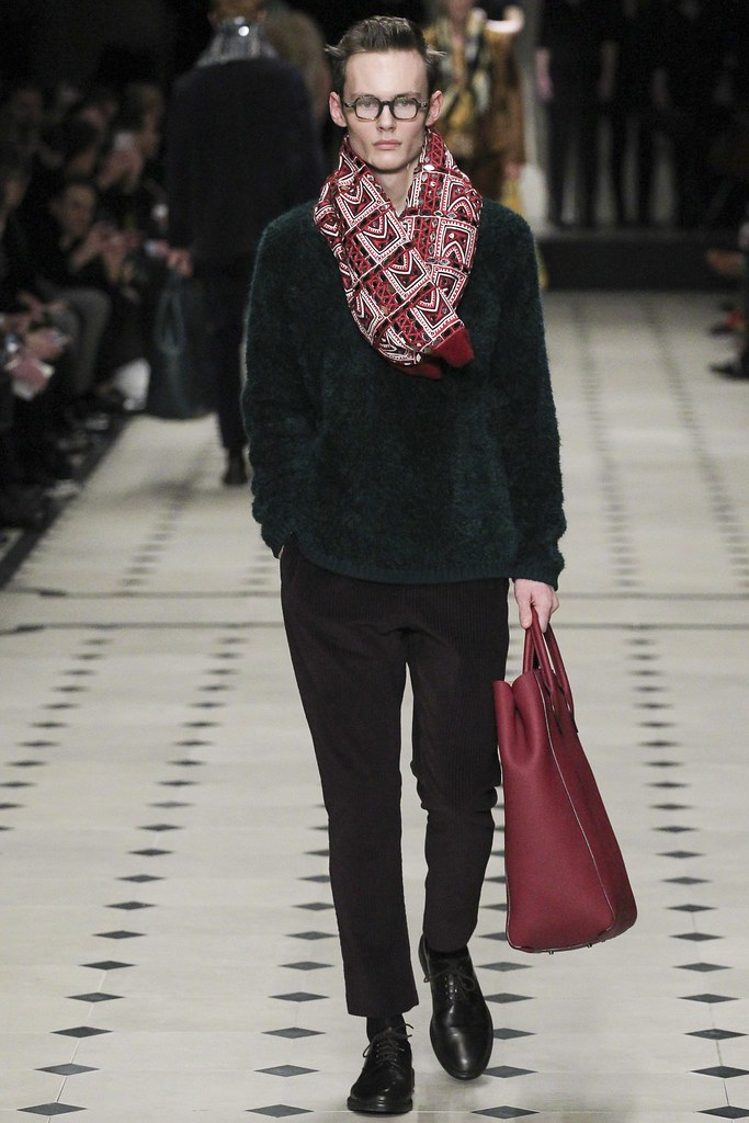 FW15 London Burberry Prorsum038(VOGUE)