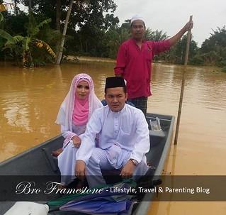 Tragedi Banjir Disember 2014 : Pengantin Naik Bot Pergi Nikah