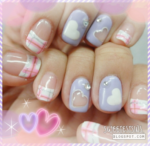 heart shape plaid nail art