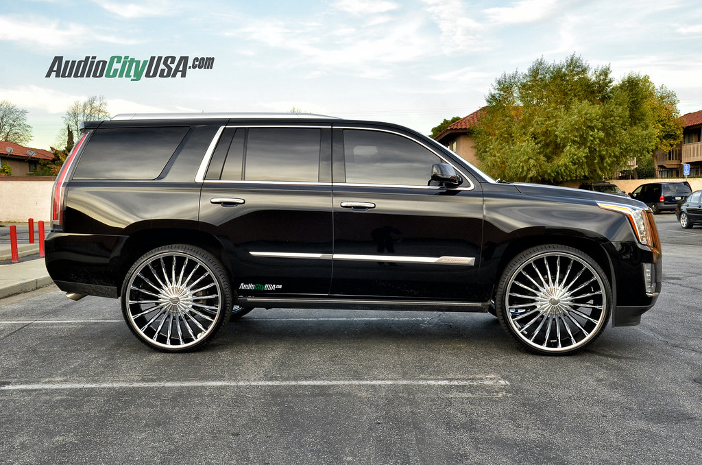 2015 Cadillac Escalade On 28 Quot Velocity Vw 11 Chrome Wheels