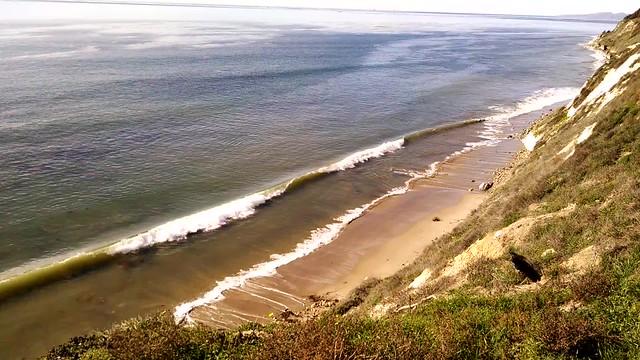 VID_20150107_113615807 ellwood beach wave crash