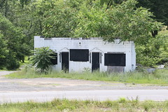 Abandoned Gas Station?  Route 17/50 (Millwood Pike) at Route 723 (Carpers Valley Road), Winchester, VA