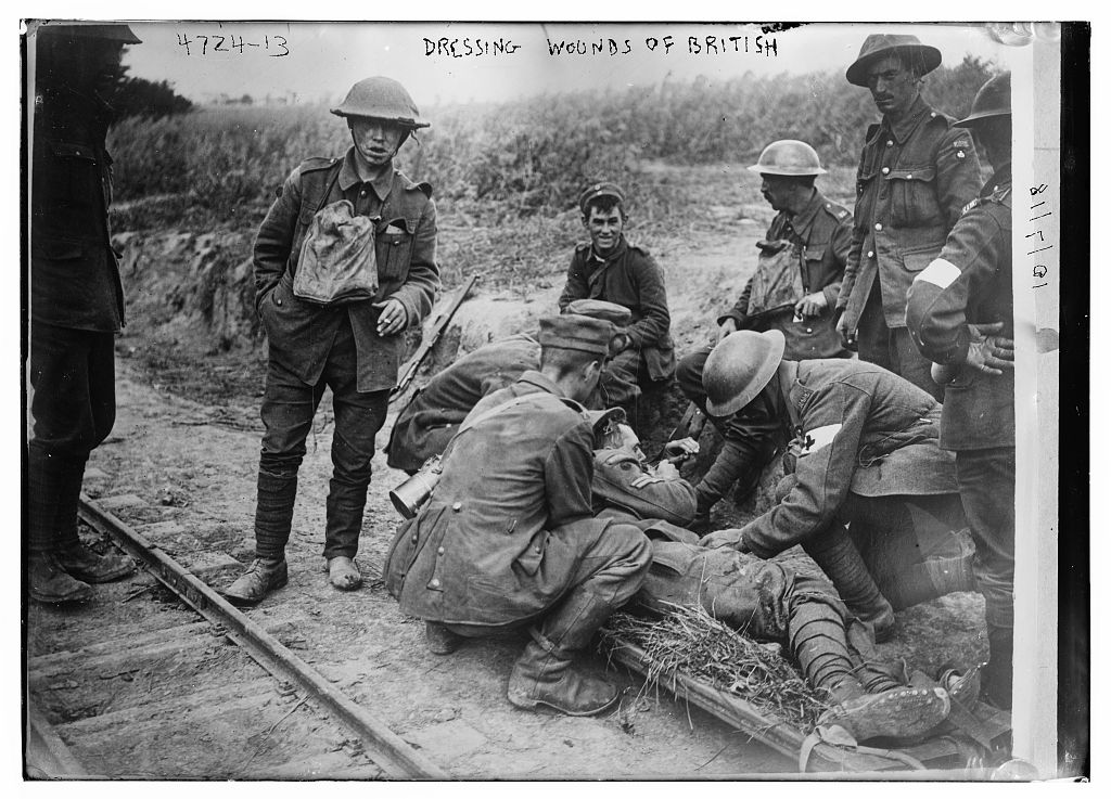 Dressing wounds of British (LOC)