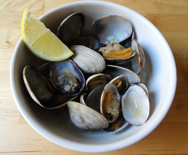 clams with garlic and lemon