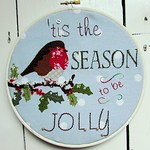 Jolly Robin Christmas Hoop