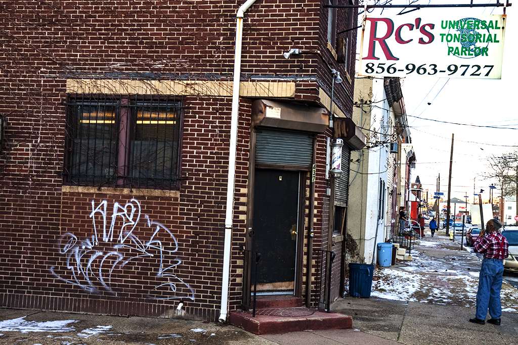 Rc's-UNIVERSAL-TONSORIAL-PARLOR--Camden