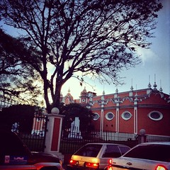 Museo de arte moderno #CapitalIberoamericanaDeLaCultura2015 #Guatemala #atardecer #traficogt
