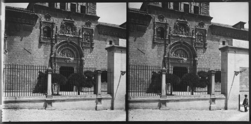 Hospital de Santa Cruz hacia 1900. Fotografía de Alois Beer © Österreichische Nationalbibliothek