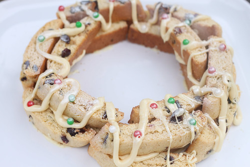 Meyer Lemon Cranberry Biscotti Wreath