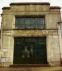Saint Jean d' Angely, façade