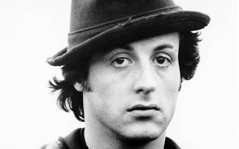 Фото Сталлоне в шляпе