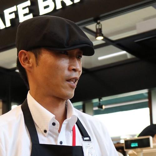カフェのメニュー開発担当のじんさん。