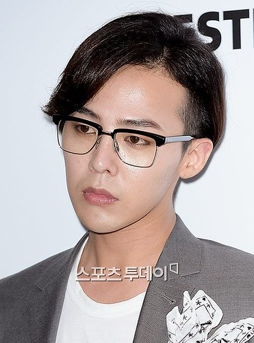 G-Dragon-JEstina-20140903(48)