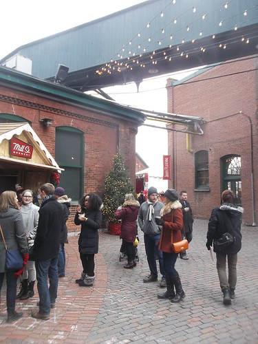 Scenes from the Toronto Christmas Market, Distillery District (5)