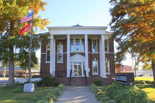 Lake County Courthouse - Tiptonville, TN