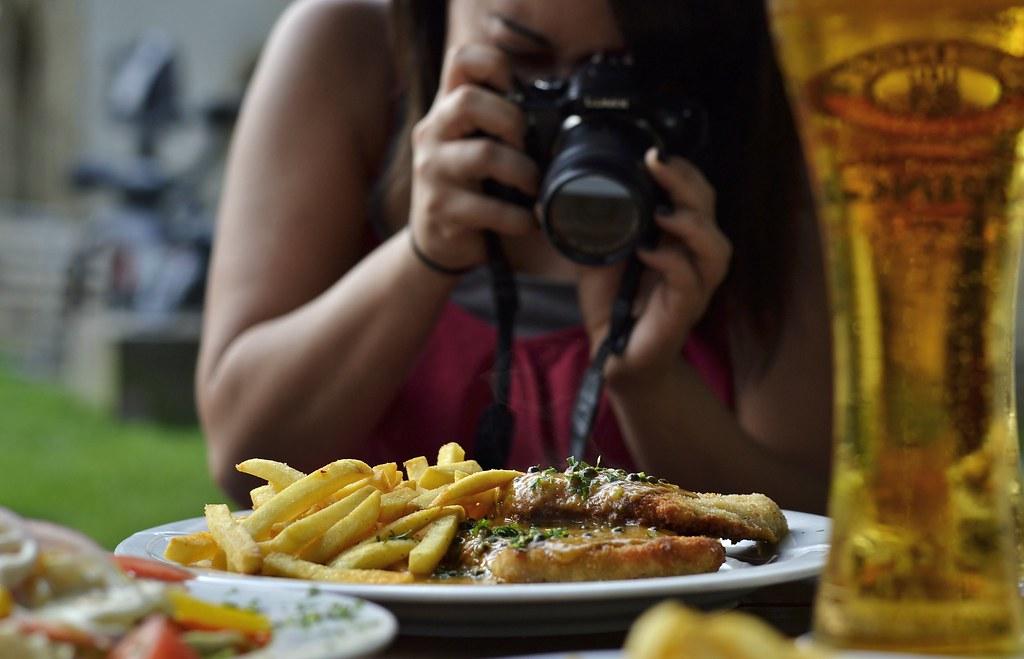 taking photos of schnitzel